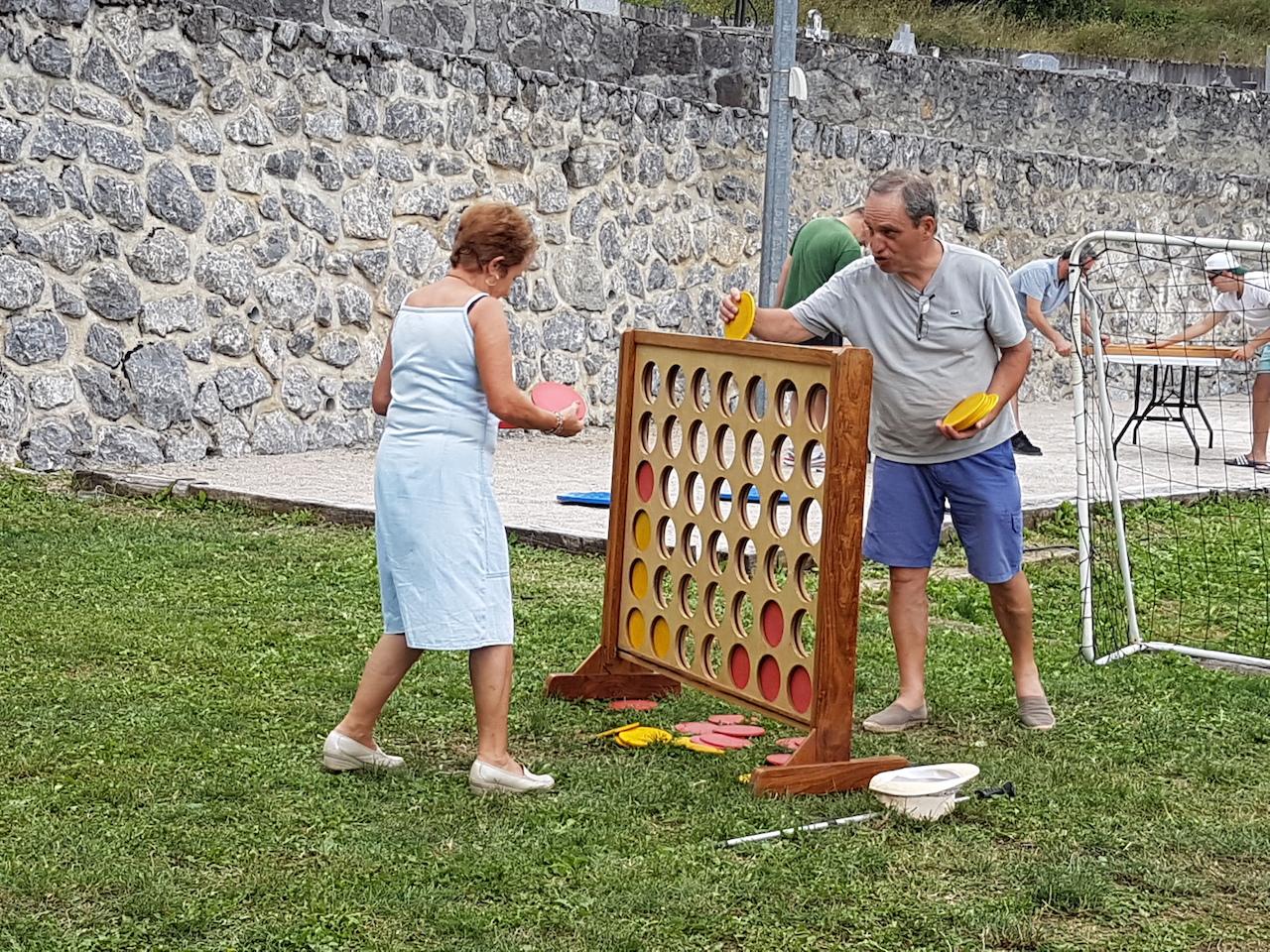 Jeux en bois et anciens